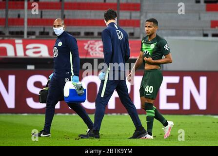 Leverkusen, Germany. 26th May, 2020. Leverkusen, Germany, May 26 2020: Football Bundesliga, matchday 28, Bayer 04 Leverkusen - VfL Wolfsburg, Joao Victor (Wolfsburg) Credit: Juergen Schwarz/Alamy Live News Stock Photo
