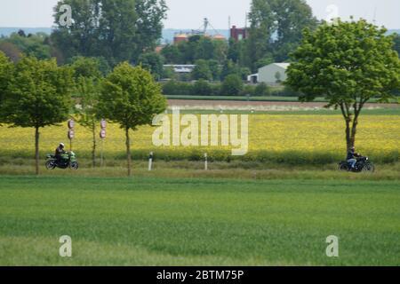 Motorradfahrer auf dem Weg in die Eifel - Stock Photo