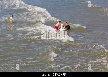 Bournemouth, Dorset UK. 29th May 2020. UK weather: another lovely warm sunny day at Bournemouth beaches with a bit of a breeze, as the glorious weather continues and temperatures rise. Sunseekers head to the seaside to enjoy the sunshine. Credit: Carolyn Jenkins/Alamy Live News - Stock Photo