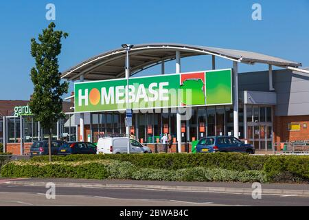 Poole, Dorset UK. 31st May 2020. People queueing at Homebase in Branksome, Poole adhering to social distancing measures during Coronavirus COVID 19 lockdown and easing of restrictions. Credit: Carolyn Jenkins/Alamy Live News - Stock Photo
