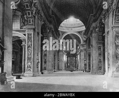 Rome Papal Basilica of Saint Peter in the Vatican Italy 25 January 1922 - Stock Photo