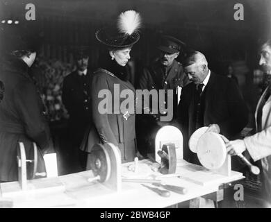 The Queen visits Woolwich dockyard London 19 October 1917 - Stock Photo