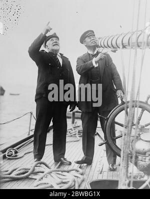 Sir Thomas Lipton on the  Shamrock  . Sir Thomas Lipton inspected his yacht  Shamrock  at City Island , New York , and announced that he would challenge again for America 's Cup in 1925 . Sir Thomas Lipton talking over the  Shamrock 's  possibilies with Capt W Manning . 30 August 1923 - Stock Photo