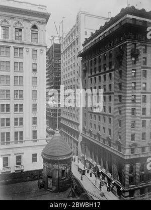 Royal bank buildings , Toronto , Canada . 29 March 1923 - Stock Photo