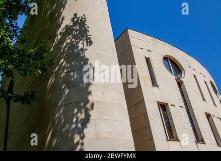 Conservatoire Municipal Francis Poulenc, 11 Rue Jean de la Fontaine, 75016 Paris, France - Stock Photo