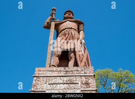The William Wallace Statue in the grounds of the Bemersyde estate, near Melrose in the Scottish Borders is a statue commemorating William Wallace. - Stock Photo