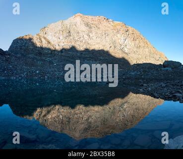 France, Savoie (73), Haute-Maurienne, Vanoise National Park, Bessans, the Ouille de la Valletaz (3145m) reflected in the Arbéron Lake (2915m) - Stock Photo