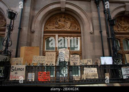 Manchester, UK. 7th June, 2020. Black lives matter Protest in Manchester UK Sunday the 7th of june placards left in Railings of Midland Hotel.Today's protest was one of three due to take place in Manchester over the weekend as part of the Black Lives Matter Movement. Picture Credit: Gary Roberts/Alamy Live News - Stock Photo