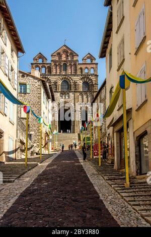 Cathedral Notre-Dame du Puy, UNESCO World Heritage Site, Le Puy-en-Velay departure of Saint Jacques de Compostelle way , Haute Loire, Auvergne-Rhone-A - Stock Photo