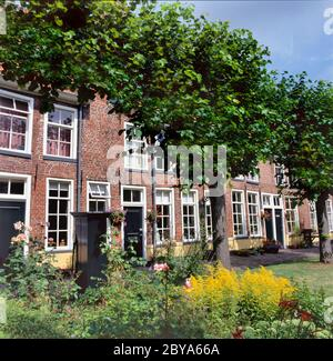 Sint Anthony Gasthuis (Saint Antony's Hofje = courtyard with Almshouses), inner city of Groningen, Netherlands. Founded in 1517 - Stock Photo