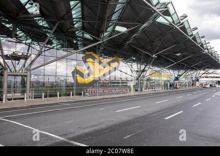 Auswirkung am Flughafen Köln/Bonn Passagierrückgang im Zusammenhang mit der weltweiten Ausbreitung des Coronavirus. Köln, 14.03.2020