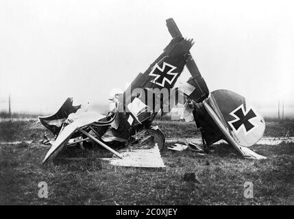 Wreckage of German Albatross D. III Fighter Biplane, Rehse Archive for Contemporary History and Journalism, 1916 - Stock Photo
