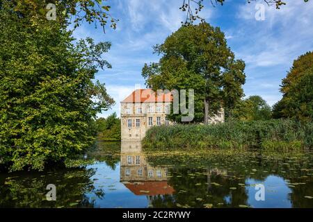 Renaissanceburg und Wasserburg Luedinghausen in Luedinghausen, Muensterland, Nordrhein-Westfalen *** Local Caption ***