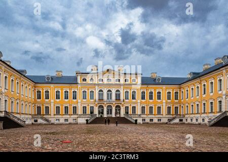 Courtyard and main entrance of Rundale Palace on an overcast summer day. - Stock Photo