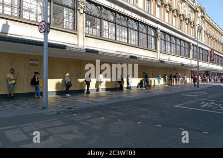 London, UK. 22nd June, 2020. Long queues at TK Maxx on Monday afternoon in Clapham Junction. Credit: JOHNNY ARMSTEAD/Alamy Live News - Stock Photo