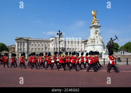Band of the Irish Guards marching past Buckingham Palace, London, England, United Kingdom, Europe - Stock Photo