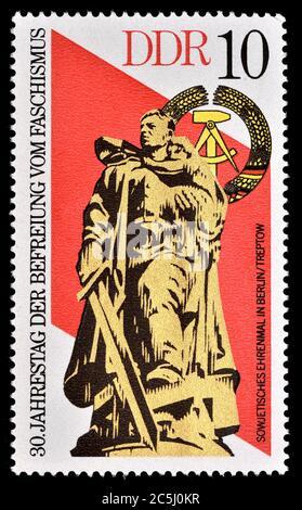 East German postage stamp (1975) : 30th Anniversary of Freedom from Fascism. Soviet Memorial in Berlin