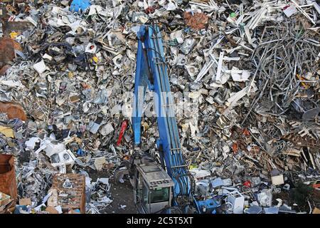 Symbolhaftes Bild von einem Schrottplatz (Mannheim) - Stock Photo