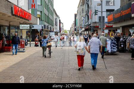 Oberhausen, Ruhr area, North Rhine-Westphalia, Germany - Passers-by on Marktstrasse, pedestrian zone and shopping street. Oberhausen, Ruhrgebiet, Nord - Stock Photo