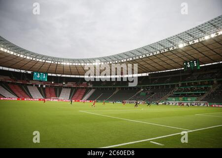 City Of Berlin, Deutschland. 04th July, 2020. firo, football, cup final: season 2019/2020, 04.07.2020 DFB-Pokal final of men Bayer Leverkusen - FC Bayern Mvºnchen, Muenchen. Olympic Stadium, Ergo, advertising board, ghost finale, without spectators Credit: Jvºrgen Fromme/firosportphoto/POOL For journalistic purposes only! Only for editorial use! For journalistic purposes only! Only for editorial use! | usage worldwide/dpa/Alamy Live News - Stock Photo