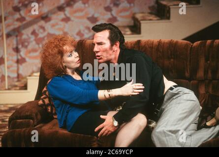 Alison Steadman (Mari Hoff), Pete Postlethwaite (Ray Say) in THE RISE AND FALL OF LITTLE VOICE by Jim Cartwright at the  Cottesloe Theatre, National Theatre (NT), London SE1 16/06/1992  music: Terry Davies design: William Dudley lighting: Mick Hughes movement: Jane Gibson director: Sam Mendes - Stock Photo