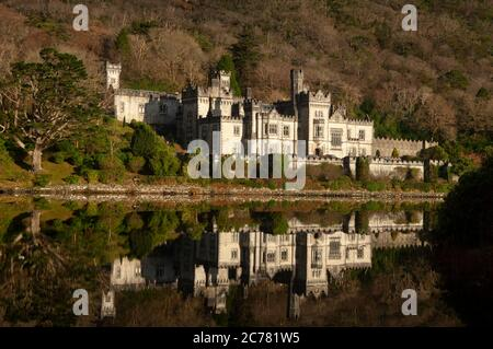 Kylemore Abbey, and lake, Galway, Connemara, Ireland - Stock Photo