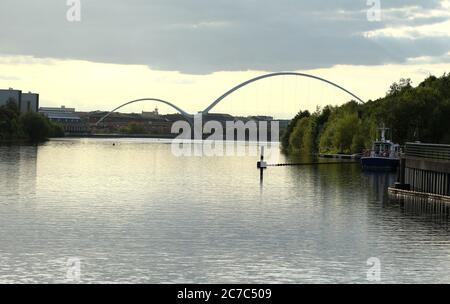 Infinity Bridge Stockton-on-Tees viewed from Tees Barrage Stock Photo