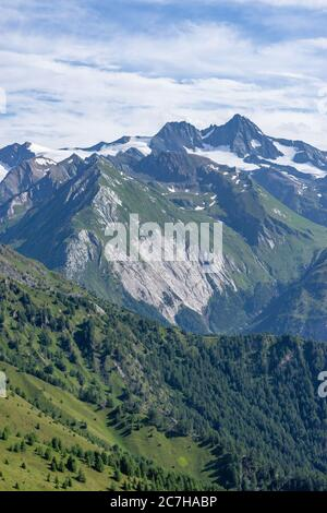 Europe, Austria, Tyrol, East Tyrol, Kals am Großglockner, view from the Kalser Höhe onto the Großglockner - Stock Photo