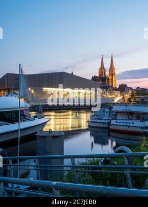 Regensburg, old town, dusk, museum home of Bavarian history, cathedral, Danube, Bavaria, Germany