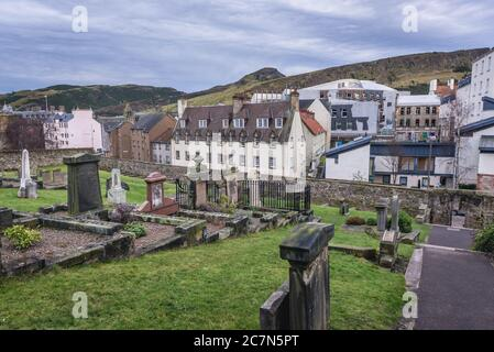 View from New Calton Burial Ground on the southeast slopes of Calton Hill in Edinburgh, the capital of Scotland, part of United Kingdom - Stock Photo