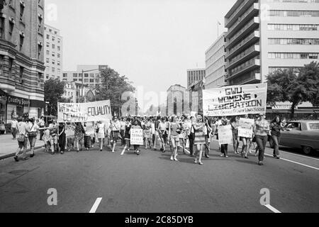 Women's March for Equal Rights from Farrugut Square to Lafayette Park, Washington, D.C., USA, Warren K. Leffler, August 26, 1970