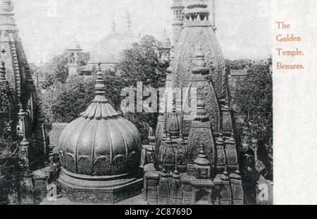 The Shri Kashi Vishwanath Temple (Golden Temple) dedicated to Lord Shiva, Varanasi (Benares), Uttar Pradesh, India. The Temple stands on the western bank of the holy river Ganga, and is one of the twelve Jyotirlingas, the holiest of Shiva Temples     Date: 1908