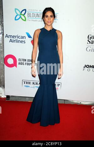 Manhattan, United States Of America. 29th Oct, 2014. NEW YORK, NY - OCTOBER 28: Meghan Markle attends the Elton John AIDS Foundation's 13th Annual An Enduring Vision Benefit at Cipriani Wall Street on October 28, 2014 in New York City People: Meghan Markle Credit: Storms Media Group/Alamy Live News - Stock Photo