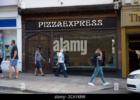 Windsor, Berkshire, UK. 3rd August, 2020. Pizza Express in Windsor remains closed following the Coronavirus lockdown. Pizza Express are reported to be considering a Company Voluntary Arrangement (CVA) and some of their loss making restaurants will close permanently. Credit: Maureen McLean/Alamy - Stock Photo