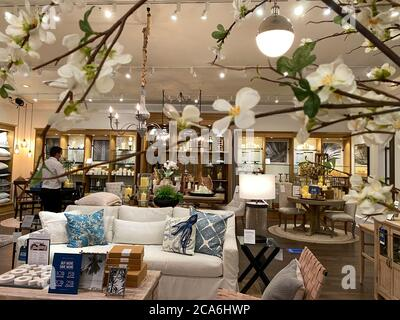 Pottery Barn Store Interior Stock Photo Alamy