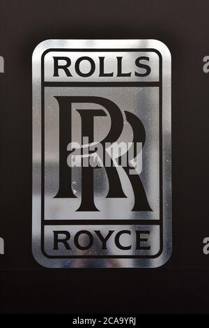 London, UK. 22nd June, 2020. Rolls Royce company logo seen on one of their car dealerships showrooms in London. Credit: Dave Rushen/SOPA Images/ZUMA Wire/Alamy Live News - Stock Photo