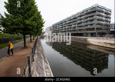 10.06.2019, Berlin, , Germany - New construction of an upscale residential and commercial building (KunstCampus) with condominiums and commercial spac