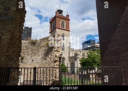 St Giles-without-Cripplegate church from London Wall, in the Barbican, City of London UK - Stock Photo