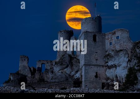 Ruins of Ogrodzieniec Castle in Poland - Stock Photo