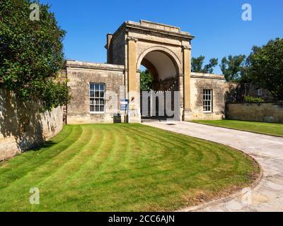 Rudding Gates former entrance to Rudding Park Estate in Follifoot near Harrogate North Yorkshire England - Stock Photo