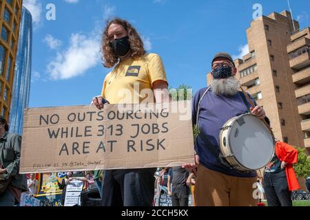 London, UK. 22nd August 2020. Protesters demonstrate outside Tate Modern art gallery. Today's demo is part of a wider campaign by staff members, in protest of the institution's decision to cut 313 jobs from its commercial arm, Tate Enterprises. Credit: Neil Atkinson/Alamy Live News - Stock Photo