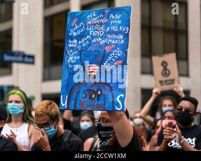 New York, New York, USA. 24th Aug, 2020. New York, New York, U.S.: demonstrators march in Midtown in solidarity with Jacob Blake who was shot and critically injuredby a Kenosha Police Department officer on Sunday. Credit: Corine Sciboz/ZUMA Wire/Alamy Live News