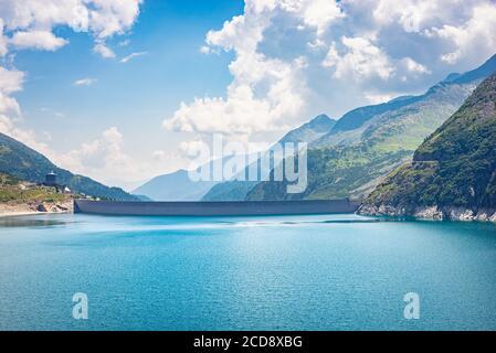 Dam on the edge of reservoir lake 'Kölnbreinspeicher' in Carinthia, Austria