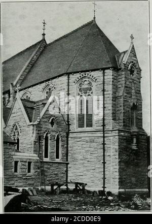 . Les Oblats de Marie Immaculée durant le premier siècle de leur existence . Le P. Pinet.. Inchicore. — Abside de la nouvelle église. - Stock Photo