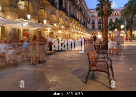 Placa Reial (Royal Plaza) is one of the most lively squares in Barcelona, Spain. It is located in the Barri Gothic quater, close to Las Ramblas. It is