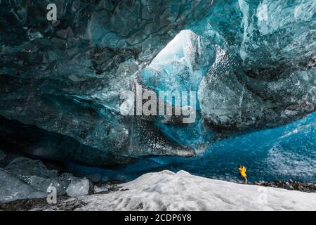 Eishöhle im Skaftafell Nationalpark auf Island