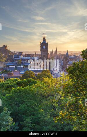 The Edinburgh skyline with the Edinburgh castle in the background, Edinburgh, Scotland, United Kingdom, Europe.