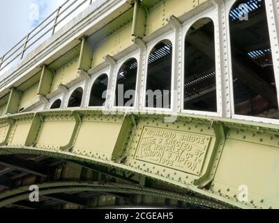 Richmond Twickenham iron bridge constructed in 1908, Richmond on Thames, Surrey, London, England - Stock Photo