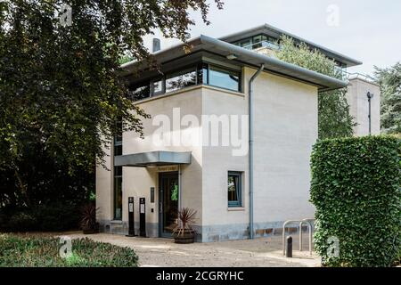 Porter's Lodge at The Stephen Hawking Building, Gonville & Caius College, University of Cambridge, West Road, Cambridge. - Stock Photo