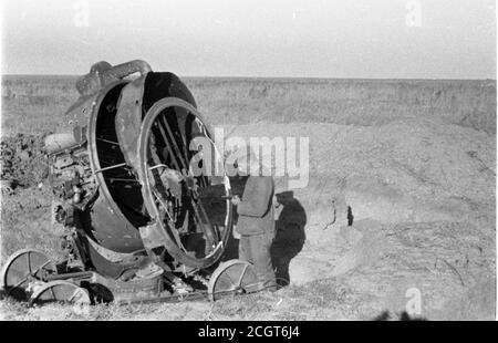 2. Weltkrieg Wehrmacht Luftwaffe FLAK-Scheinwerfer / Flakscheinwerfer / 152 cm - 2nd World War / WW2 German Air Force Sperry 60 Inch Anti-Aircraft Searchlight - Stock Photo